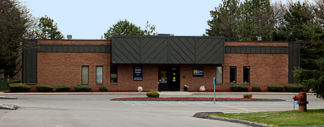 Image of Livonia Health Center location, 20321 Farmington Rd. Livonia MI 48512, Phone 248-888-9000.